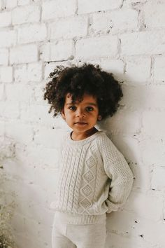Top 5 Must Have Toddler Fashion Pieces For Summer Fashion Kids, Toddler Fashion, Cute Kids, Cute Babies, New Mode, Family Picture Outfits, Kid Styles, Kind Mode, Cable Knit