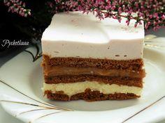 Przepis na pyszne ciasto kakaowe bez pieczenia z masą kajmakową.