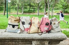 back pack inspiration Sewing For Kids, Diy For Kids, Pouch Bag, Tote Bag, Childrens Wardrobes, Animal Bag, Toddler Backpack, Produce Bags, Sock Animals