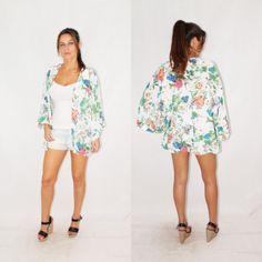 Nuevo kimono estampado,❤️❤️❤️ ideal para esas noches de verano que refresca por la nochehttp://primoronline.pswebshop.com/es/.