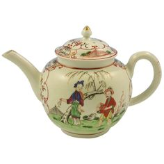 First period Worcester porcelain teapot with cover, England c. 1770
