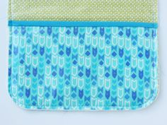 DIY changing pad and diaper clutch for BOYS - see kate sew Baby Changing Pad, Changing Mat, Diaper Bag Patterns, Diaper Clutch, Girl Things, Sewing Patterns Free, Baby Sewing, Penguins, Baby Items