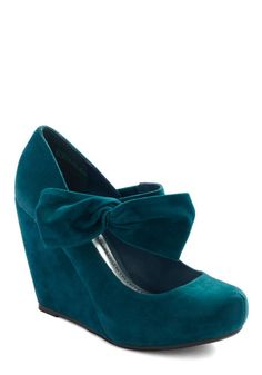 Rules of the Bowed Wedge in Teal, #ModCloth  Oh Gawd - Why in the world do I think this shoe is hella cute????