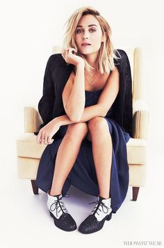 """How 7 Female Leaders Spend Their First Hour at Work: Great leaders know that business isn't just about meeting deadlines, it's about building relationships. Website founder, designer, and reality star Lauren Conrad says she always makes time to talk to colleagues and make a connection at the start of the day. """"Successful women don't have to be stuck to their desk 24/7. Talking with other people during work hours can help you to get your motivation back or get inspiration for your work."""""""