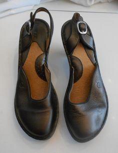4ac858826b4 Born Slingback Wedge Sz 9 M Closed Toe Brown High Heel Leather Buckle 5926   Born