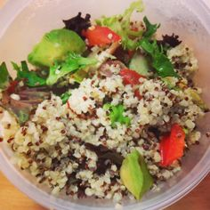 #lunch #pcos #pcosdiet #swuk #sw #salad #healthydiet #healthyliving #pcosgirl avocado cucumber tomato quinoa peppers and a small blob of Mayo. by Zurvita Zeal Wellness