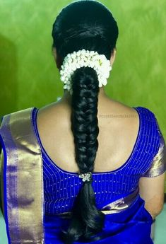 South Indian Wedding Hairstyles, Bridal Hairstyle Indian Wedding, Braided Hairstyles For Wedding, Indian Hairstyles, Simple Bridal Hairstyle, Bridal Hair Buns, Bridal Hairdo, Saree Hairstyles, Bride Hairstyles