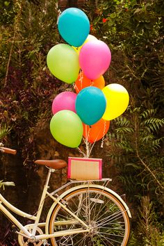Bike with Balloons Colorful Wallpaper, Flower Wallpaper, Screen Wallpaper, Wallpaper Backgrounds, Iphone Wallpaper, Ballons Fotografie, Birthday Wishes, Happy Birthday, Rainbow Aesthetic