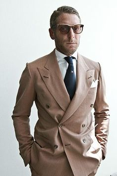 by Lapo Elkann Mens Fashion Suits, Mens Suits, Lapo Elkann, Style Costume Homme, Mode Costume, Style Masculin, Brown Suits, Formal Suits, Summer Suits