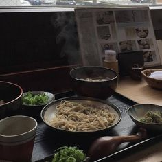 Aesthetic Japan, Japanese Aesthetic, Aesthetic Food, Aesthetic Dark, Daddy Aesthetic, Aesthetic Songs, Aesthetic Colors, Aesthetic Photo, Aesthetic Pictures