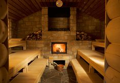 Nice sauna: it looks so cozy & comfy