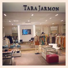 64 Boulevard Haussmann, 75009 Paris -France #tarajarmon #store #merchandising #France