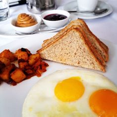 Kick start a day of shopping in Yorkville by having a fueling breakfast at One Restaurant.