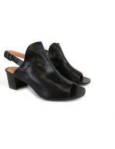 Glove sandal de couro, sem forro, palmilha de couro e salto de 5 cm. Cristófoli verão 2015