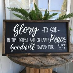 Glory To God In The Highest Sign - Christmas Sign - Farmhouse Christmas Decor - Luke 2:14 - Rustic Wooden Sign - Rustic Farmhouse - Holiday by BradshawStreetDesign on Etsy