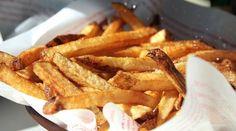 Comment résister devant une belle assiette de frites ? Un accompagnement universel qui nous fait tous craquer dès notre plus jeune âge. Économies, saveurs et diversité garanties : quelques recettes