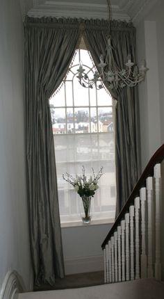 Эти итальянские шторы – единственное решение для помещения с высоким потолком
