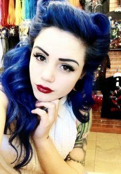 Blue Victory Rolls:: Rockabilly Hair:: Blue Retro Hair:: Rockabilly Girl:: Vintage Hair