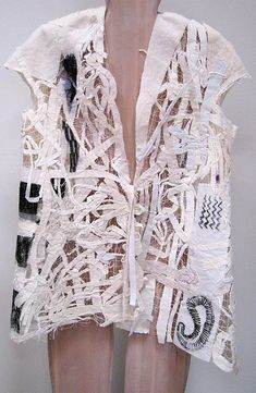 Very interesting layers and piecing by Holly Badgley