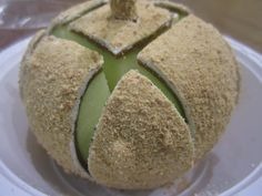"Popcornopolis has more than just popcorn – have you tried their candied apples? Here's a $6.95 ""cheesecake"" apple: green apple, caramel, white chocolate, and graham crackers. Yummm…what are your fav toppings?"