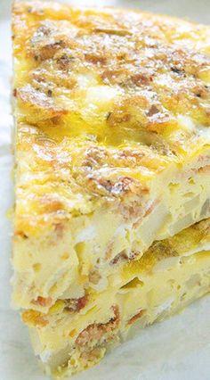 Potato Bacon Egg Breakfast Casserole