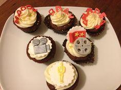 Hollywood Movie cupcakes Movie Cupcakes, Rome, Hollywood, Desserts, Tailgate Desserts, Deserts, Postres, Dessert, Plated Desserts