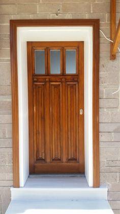 Ahşapa kapı