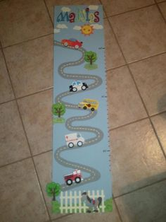 This would be so cute for a boys growth chart!