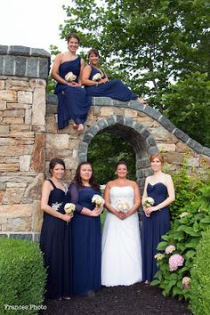 Christina's World blog: Wedding  #wedding #weddingphotography #bride  #bridalparty #bridesmaidsdresses #bridesmaidpictures #photoideas