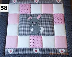 Baby blanket, quilt, patchwork blanket, crawler blanket, children's blanket bunny You see a lovingly stitched blanket of beautiful and colourful cotton fabrics with attached applications. Quilted Baby Blanket, Patchwork Blanket, Patchwork Quilting, Patchwork Baby, Baby Girl Quilts, Quilt Baby, Girls Quilts, Diy Bebe, Baby Quilt Patterns