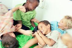 Kindergeburtstag Spiele: Ideen für Indoor-Spiele am Kindergeburtstag - 10 weitere Ideen für die Geburtstagsfete im Haus.