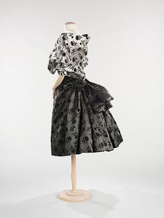 Evening ensemble. Dior 1953