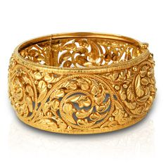 Choosing the best precious jewelry for your special someone is kind of difficult although if you know where to go and also the the latest fashion of jewellery right now, it is somewhat easy. Gold Bangles Design, Jewelry Design, Silver Bracelets, Bangle Bracelets, Antique Bracelets, Hand Jewelry, Women's Jewelry, Silver Jewelry, Gold Jewellery