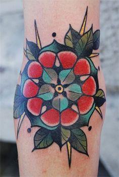 Tudor flower