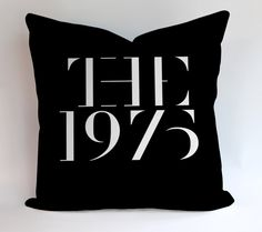 91282a1f0448d6 The 1975 Band Logo Pillowcases Pillow Cases Covers Square Design Home  Decoration