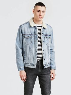 Levi's® sherpa lined trucker jackets are back in a variety of styles. Shop sherpa lined jackets for men including denim, plaid, flannels, and more at Levi's®. Short Outfits, Trendy Outfits, Summer Outfits, Levis, Jean Jacket Outfits, Sherpa Lined, Casual Jeans, Vintage Denim, Outerwear Jackets