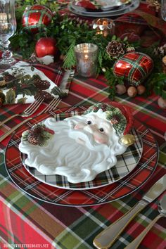 Plaid Tidings: Christmas Table with St. Nick and a Natural Evergreen Table Runner | homeiswheretheboatis.net #tartan #tablescapebloghop