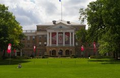 University of Wisconsin-Madison officials aren't happy about top party school ranking | Fox News - http://tubepilot.pw/healthandbeauty/university-of-wisconsin-madison-officials-arent-happy-about-top-party-school-ranking-fox-news/