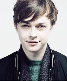 Ah Dane Dehaan...he's a superb actor with thing for playing psychoticly complicated characters...who's also good looking and an inspiration for artistic success :) <3
