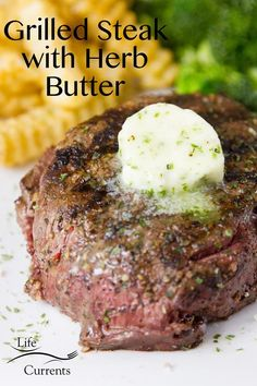 This Grilled Steak with Herb Butter and Spice Rub is the perfect summer grilling experience. Delicious and really easy to grill! #ad #summergrilling