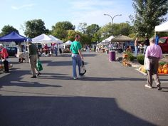 Saturday is Market Day at Boone County Farmers Market in Columbia, Missouri 8am - noon in parking lot of the Sanford-Kimpton Health Department Building at 1005 W. Worley Street at the corner of Worley St and West Blvd http://farmersmarketonline.com/fm/BooneCountyFarmersMarketMO.html