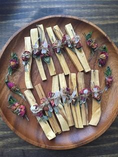 Palo Santo Stick // Blessing Bundle // Cleansing Bundle // Dried Herbs and Brazilian Quartz Point // Smudge Stick // Smudging Ritual Native American Wedding, Burning Sage, Magick, Witchcraft, Wiccan, Smudge Sticks, Drying Herbs, Handmade Home Decor, Smudging