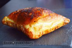 Hojaldre de manzana Empanadas, Bread, Fish, Cooking, Desserts, Recipes, Bread Recipes, Breads, Puff Pastries