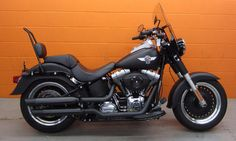Harley Davidson Fatboy Lo with backrest. Simplicity. Just lose the windscreen.