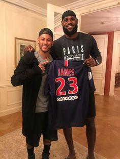 Lebron James Lakers, Nike Lebron, Psg, Nba Wallpapers, Basketball Pictures, Neymar Jr, King James, Basketball Players, Graphic Sweatshirt