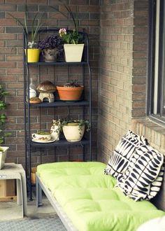 Ideas For Apartment Patio Ideas Balconies Cushions Apartment Balconies, Cozy Apartment, Apartment Living, My Home Design, Home Interior Design, Relax, Balcony Design, Balcony Ideas, Patio Ideas