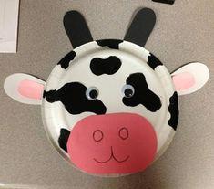 Maschera da mucca con piatti carta