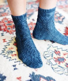Updated, expanded, and finally back in print, this delightful new edition of Silk Road Socks features sixteen intricate patterns inspired by oriental rugs. Wool Socks, Knitting Socks, Knitting Projects, Knitting Patterns, Rainbow Dog, Men In Heels, High Shoes, Red Green Yellow, Fashion Photography