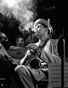 cotton club harlem renaissance | Dexter Gordon American jazz tenor saxophonist and an Academy Award ...