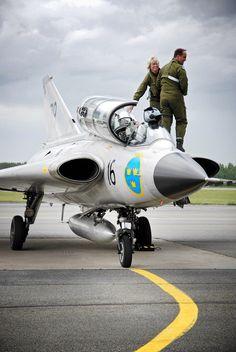 Swedish Air Force Saab Draken Sk35C SE-DXP (Kauhava, Finland). Set: Aircraft + Collection: Cars, trains, planes & bikes...